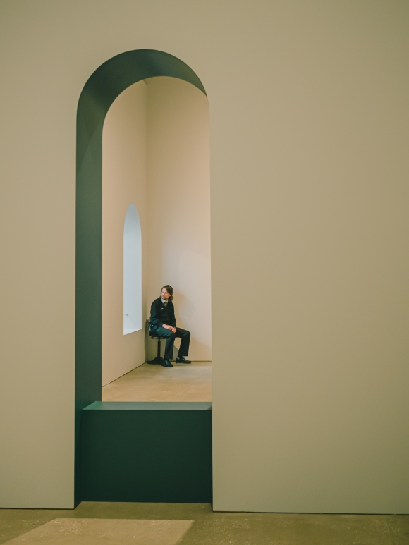 """© MELANIE MEGGS - From her series on the exhibition """"European Masterpieces"""" at the Brisbane Gallery of Modern Art"""